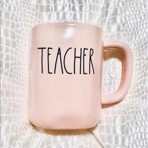 🆕Rae Dunn Ceramic TEACHER Mug
